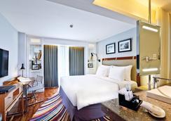 The Kuta Beach Heritage Hotel Bali - Managed by AccorHotels - Кута - Спальня