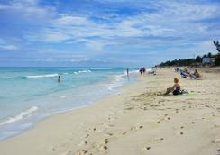 洛克巴爾洛文托僅限成人酒店 - Varadero - 海灘