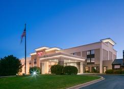 Hampton Inn Iowa City/Coralville - Coralville - Rakennus