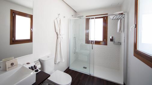 Hotel Hostal Cuba - Palma de Mallorca - Bathroom