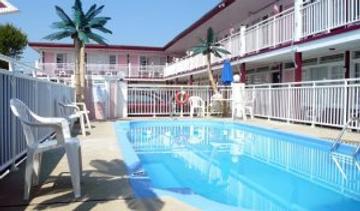 Skylark Resort Motel - Wildwood - Pool