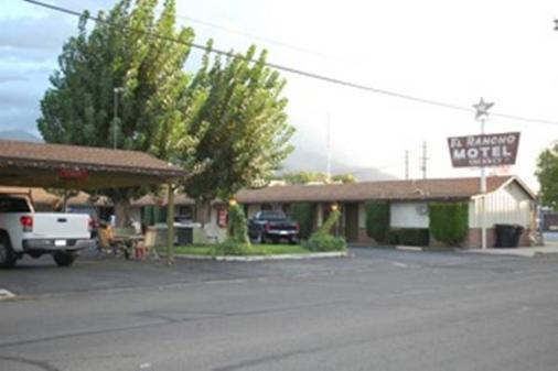 El Rancho Motel - Bishop - Cảnh ngoài trời