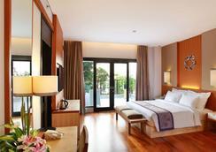 庫塔茵娜大酒店 - 庫塔 - 庫塔 - 臥室