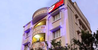Hoppers Stop Yelahanka - Bangalore - Bâtiment