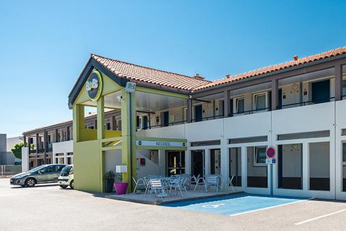 B&b Hôtel Perpignan Sud Porte D'espagne - Perpignan - Rakennus