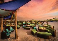 TradeWinds Island Grand Beach Resort - Saint Pete Beach - Bar