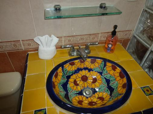 Hotel del Peregrino - Mérida - Bathroom