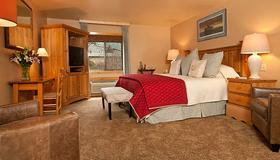 Inn on the Creek - Jackson - Bedroom