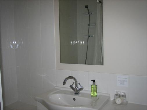 壁虎休憩酒店 - 紐基 - 紐基 - 浴室