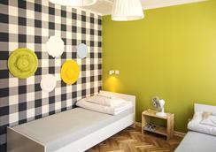 Dizzy Daisy Hostel - Krakow - Phòng ngủ