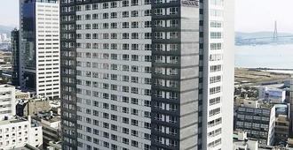 Crown Harbor Hotel Busan - Busan - Building