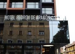 Hotel Pedro I de Aragón - Huesca - Building
