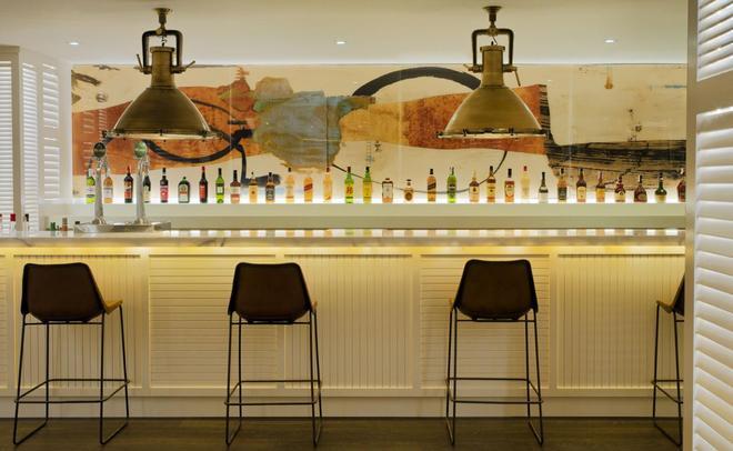 H10 征服者酒店 - 阿羅納 - 美洲海灘 - 酒吧