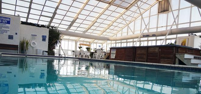 Bolero Resort - Wildwood - Pool