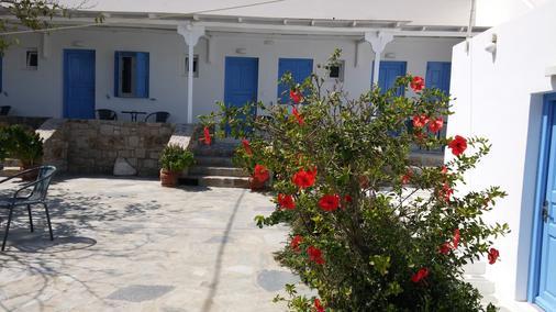 Mykonos Vouniotis Rooms - Mykonos - Patio
