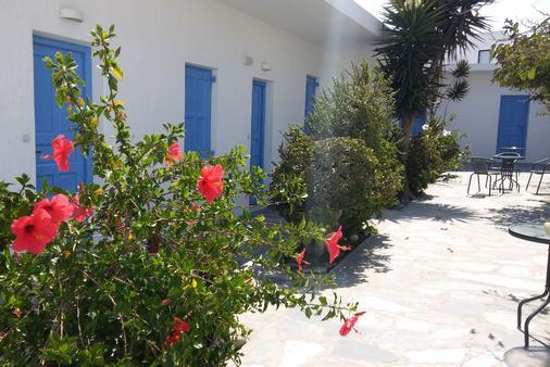Mykonos Vouniotis Rooms - Mykonos - Building