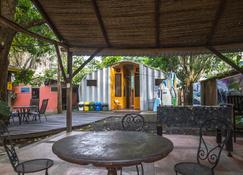 Jaco Inn - Jacó - Pati