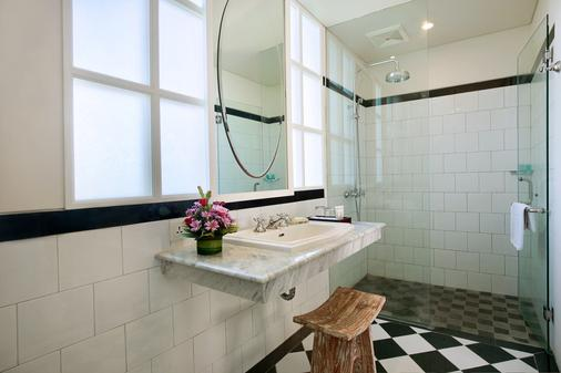 Maison At C Boutique Hotel And Spa Seminyak - Kuta - Bathroom