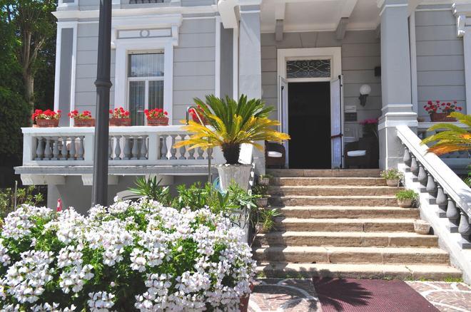 厄瑟德拉酒店 - 里米尼 - 里米尼 - 大廳