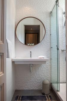 Chouette Hôtel - Pariisi - Kylpyhuone