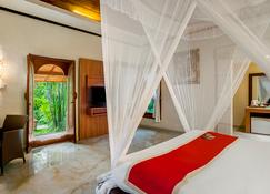 Tonys Villas & Resort - North Kuta - Schlafzimmer