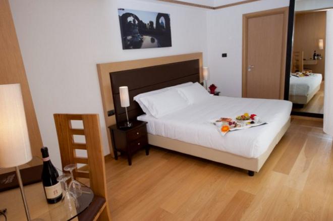 โรงแรมปาลาติอุม - โรม - ห้องนอน