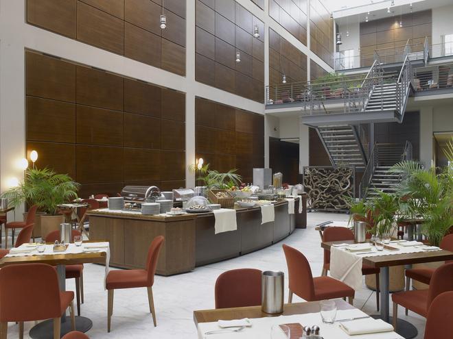 DoubleTree by Hilton Turin Lingotto - Turin - Restaurant