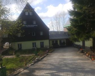 Garden Hotel Schellerhau - Altenberg - Building