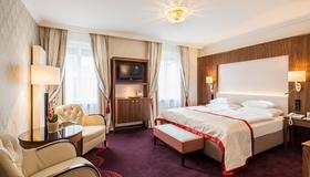 Hotel Stefanie - Viena - Habitación