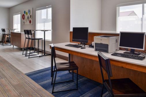 Holiday Inn Express & Suites Cincinnati - Mason - Mason - Liikekeskus