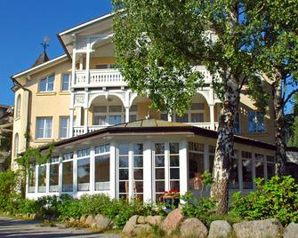 Hotel Villa Granitz - Ostseebad Baabe - Building