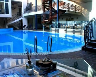 Hotel Princi i Arberit - Pristina - Pool
