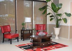 Red Roof Inn & Suites Jacksonville, NC - Jacksonville - Lobby