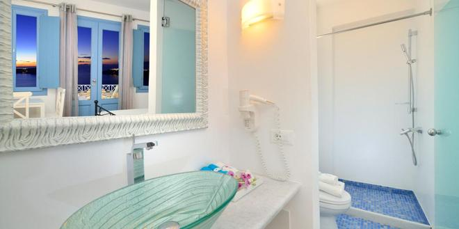 Absolute Bliss - Imerovigli - Bathroom