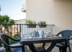 Residenze Le Vele & Le Maree - La Maddalena - Balcón