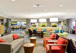 Home2 Suites By Hilton Dallas Addison - Addison - Hành lang