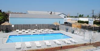 Shore Point Motel - Point Pleasant Beach - Pool