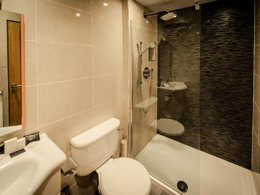 Hotel Isaacs Cork - Cork - Bathroom