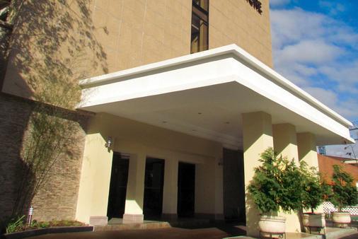 瓜地馬拉比爾特莫爾酒店 - 瓜地馬拉市 - 瓜地馬拉 - 建築