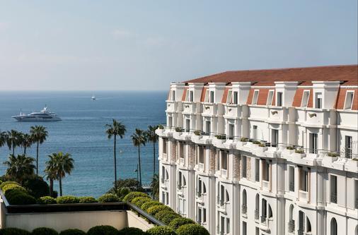 Hôtel Barrière Le Gray d'Albion - Cannes - Ban công
