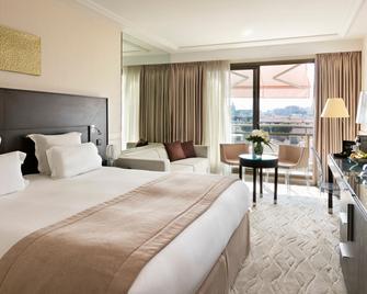 Hôtel Barrière Le Gray d'Albion - Cannes - Bedroom
