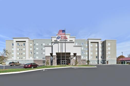Hampton Inn & Suites Greensboro/Coliseum Area, NC - Greensboro - Toà nhà