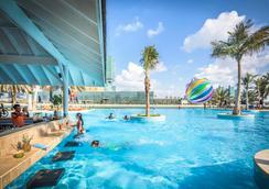 Beach Rotana - Abu Dhabi - Pool