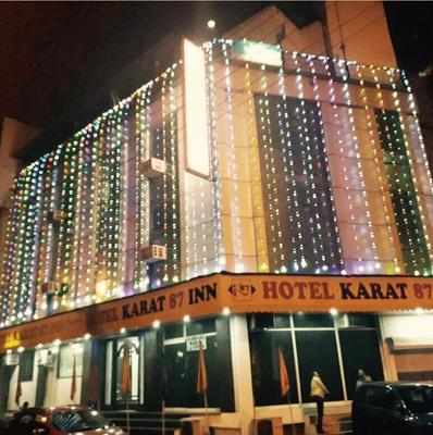 Hotel Karat 87 Inn - New Delhi - Building