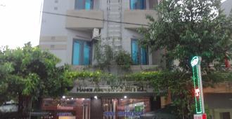 Hanoi Airport Hostel - Nội Bài