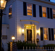Historic Hill Inn