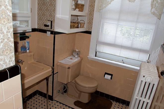 Historic Hill Inn - Newport - Bathroom