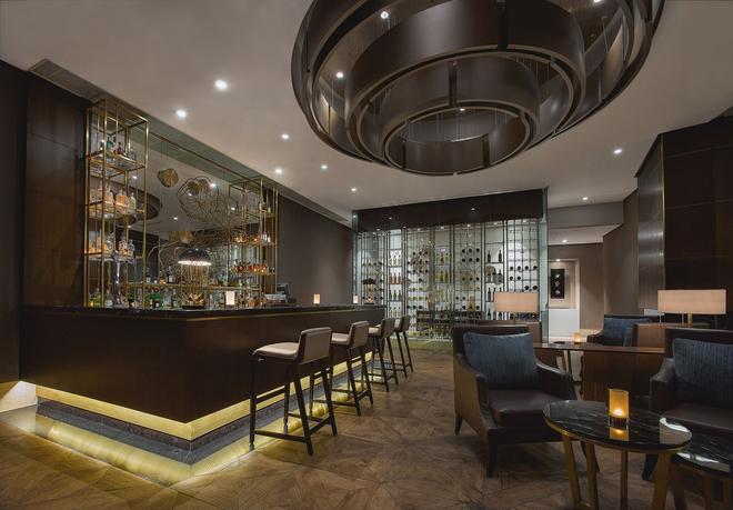 The Ritz-Carlton Jakarta, Mega Kuningan - Τζακάρτα - Bar