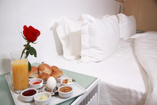 Amber Hotel - Bakú - Comida