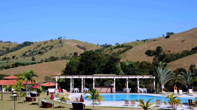 Villa Di Mantova Resort Hotel - Águas de Lindóia - Pool